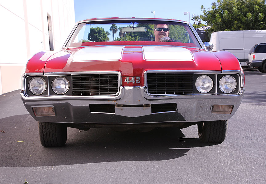 1969-olds-442-driving