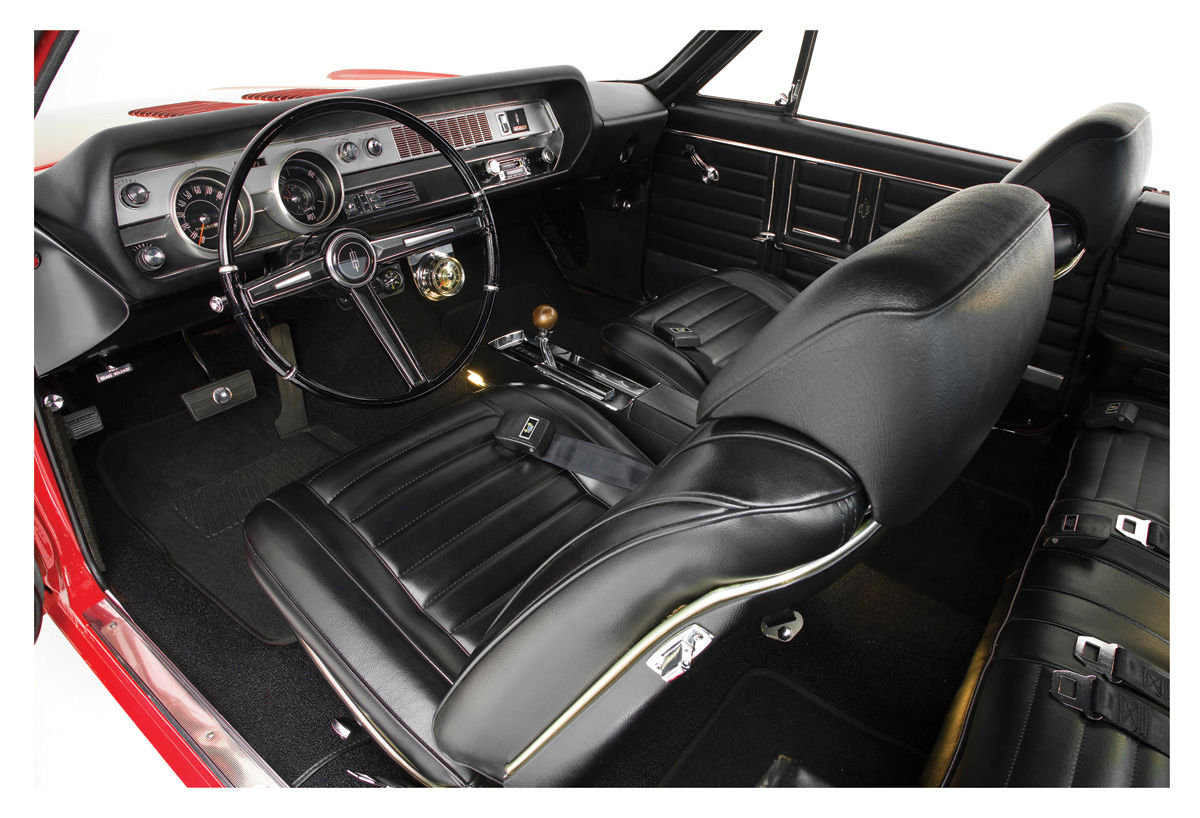 Interior Kits, Cutlass Coupe Stage III, Buckets 4-4-2, Hurst Olds & Holiday